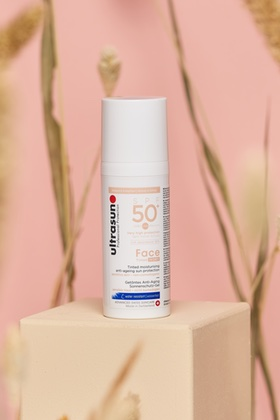 Face SPF50+ Tinted Ivory